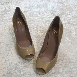 GUC Vince Camuto Renee Pumps Size 9